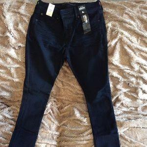 Express mid 6R supersoft dark denim skinny jeans
